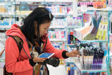 Omnichannel shopper behavior